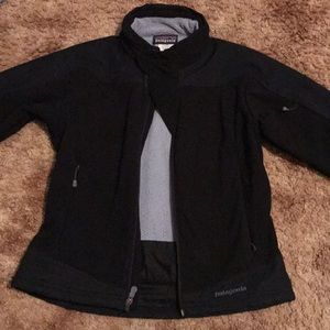 Patagonia small jacket!! Very loved and nice!